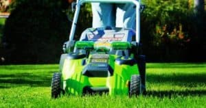 Small Lawn Mower_ 7 Of The Best Lawn Mowers For Small Yard To Buy In 2019
