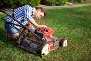 riding lawn mower won't start after sitting