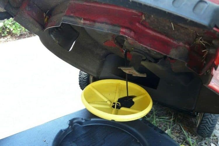 How Do I Drain And Change The Lawnmower Oil_