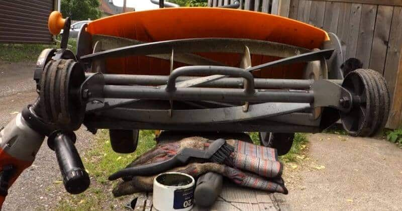 How To Sharpen Reel Mower Blades With A File Or Sharpening Compound