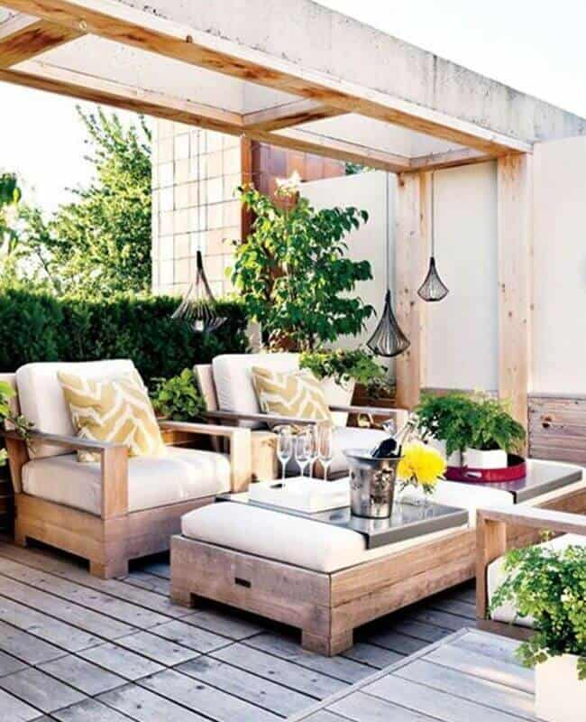 Buy Decors To Add Whimsical Style To Your Roof