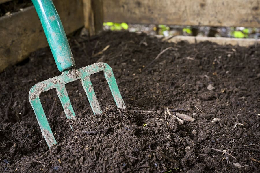 Calculate How Much Compost Do You Need In Your Lawn Or Garden
