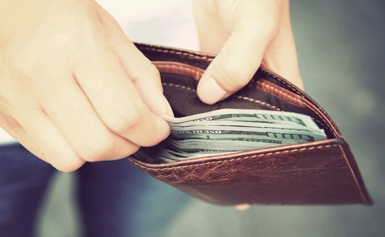 Taking Money From Wallet