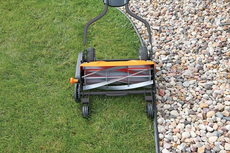 A Manual Lawn Mower Guide: Frequently Asked Questions