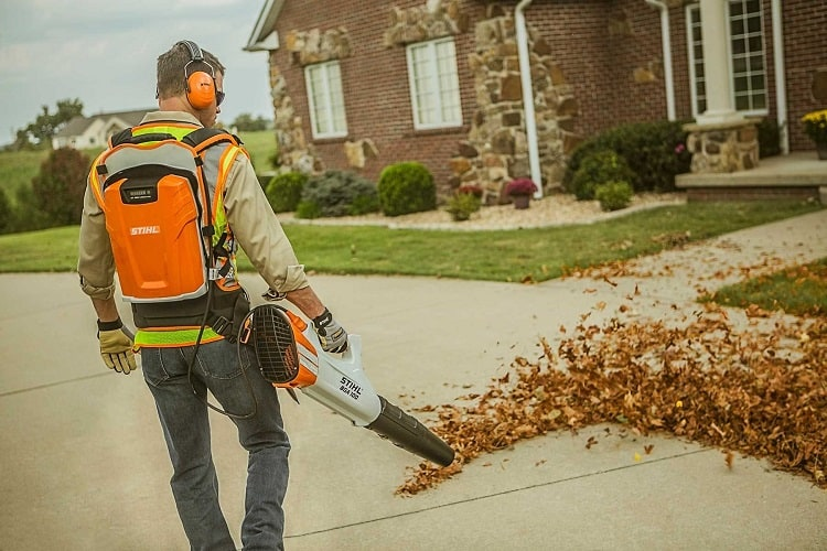 Using Leaf Blower Safety Gear